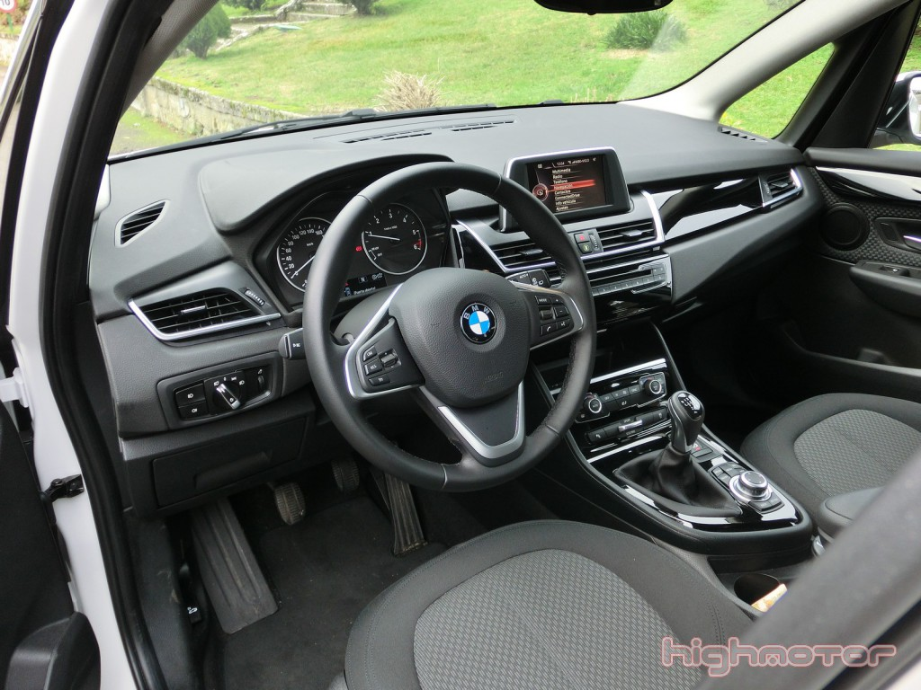 bmw-serie-2-active-tourer-138