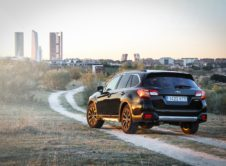 Subaru Outback Black Edition (2)