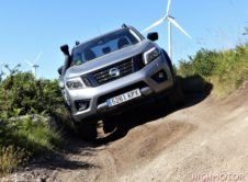Nissan Navara At32 016